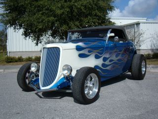 1934 Ford Roadster Street Rod,  350,  700r / 4,  Blue / Flames,  Folding Top,  Show Car photo