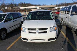 2009 Dodge Grand Caravan C / V Mini Cargo Van 4 - Door 3.  3l photo