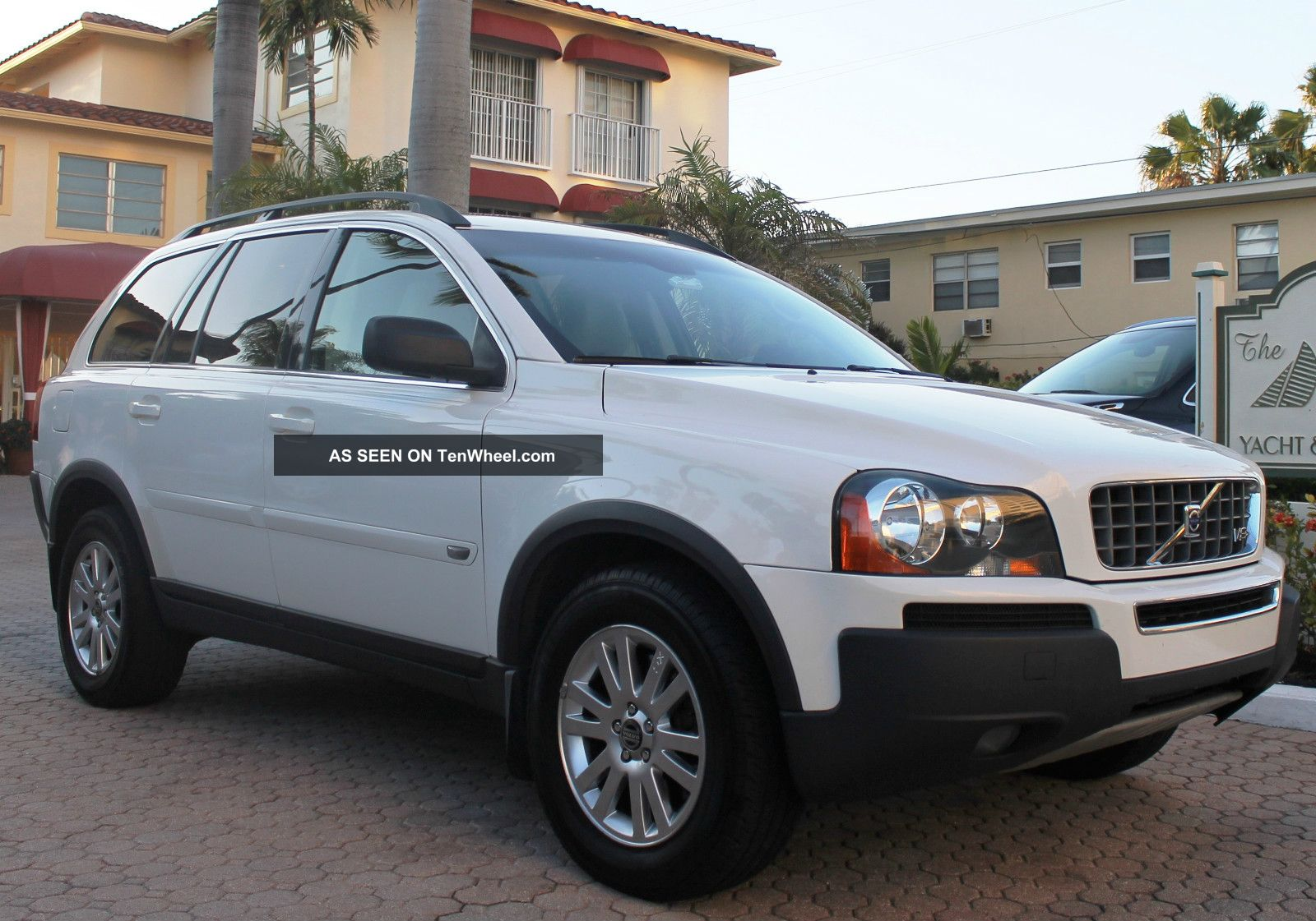 2006 volvo xc90 v8 awd sport utility 4 door 4 4l. Black Bedroom Furniture Sets. Home Design Ideas