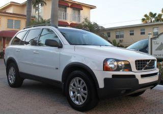 2006 Volvo Xc90 V8 Awd Sport Utility 4 - Door 4.  4l photo