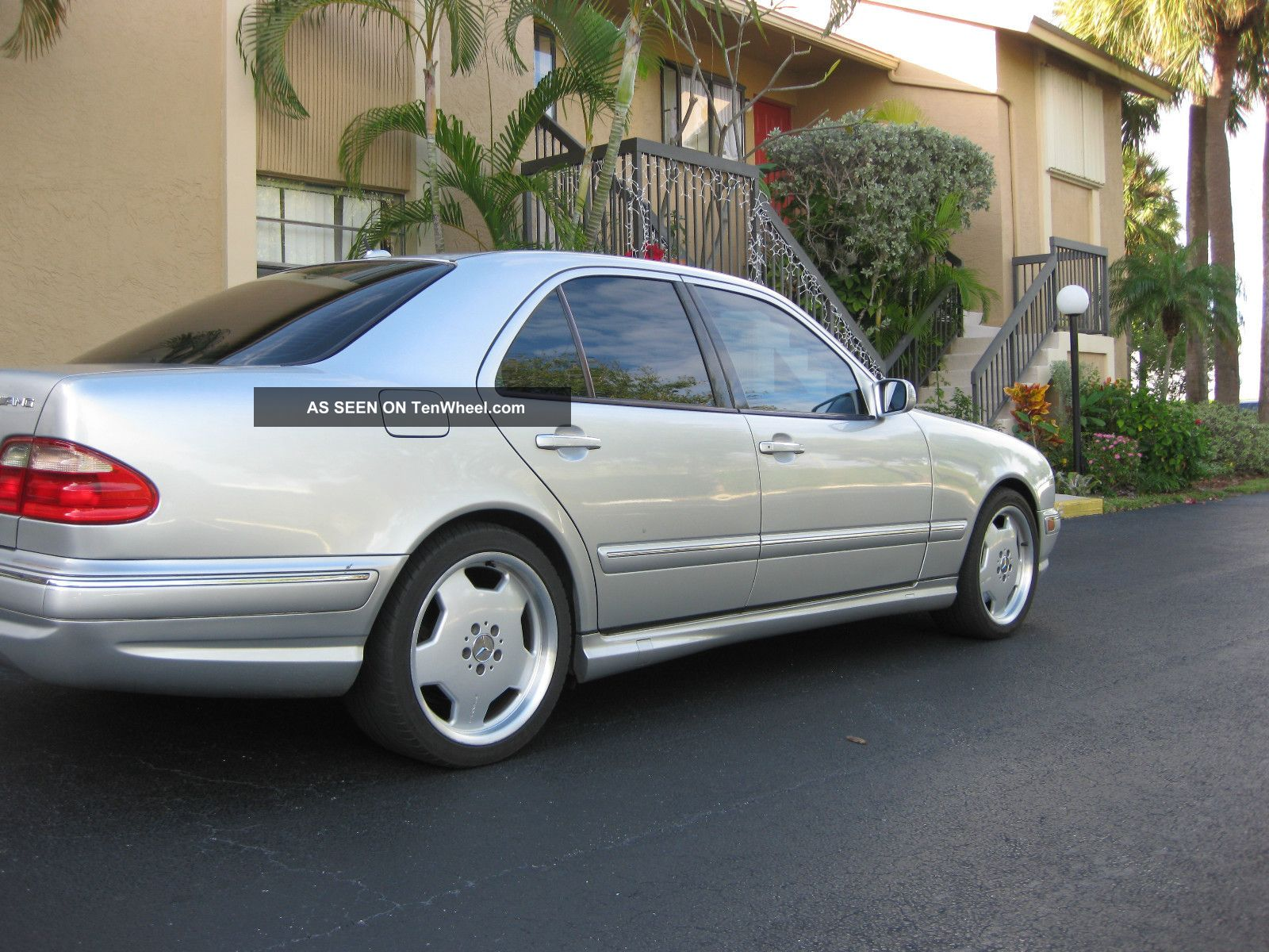 2001 mercedes benz e55 amg base sedan 4 door 5 5l for 2001 mercedes benz e class sedan