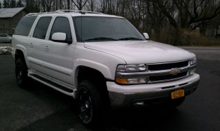2004 Chevrolet Suburban 2500 Lt Sport Utility 4 - Door 6.  0l photo