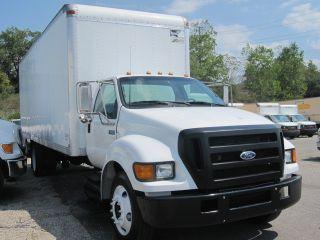 2004 Ford F650 Xl - 24ft Box Truck photo