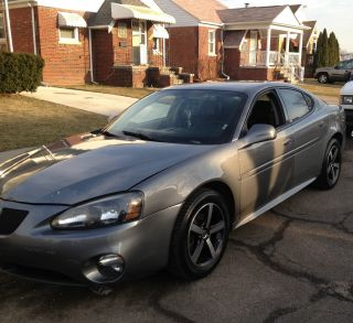 2007 Pontiac Grand Prix Gt Sedan 4 - Door 3.  8l photo