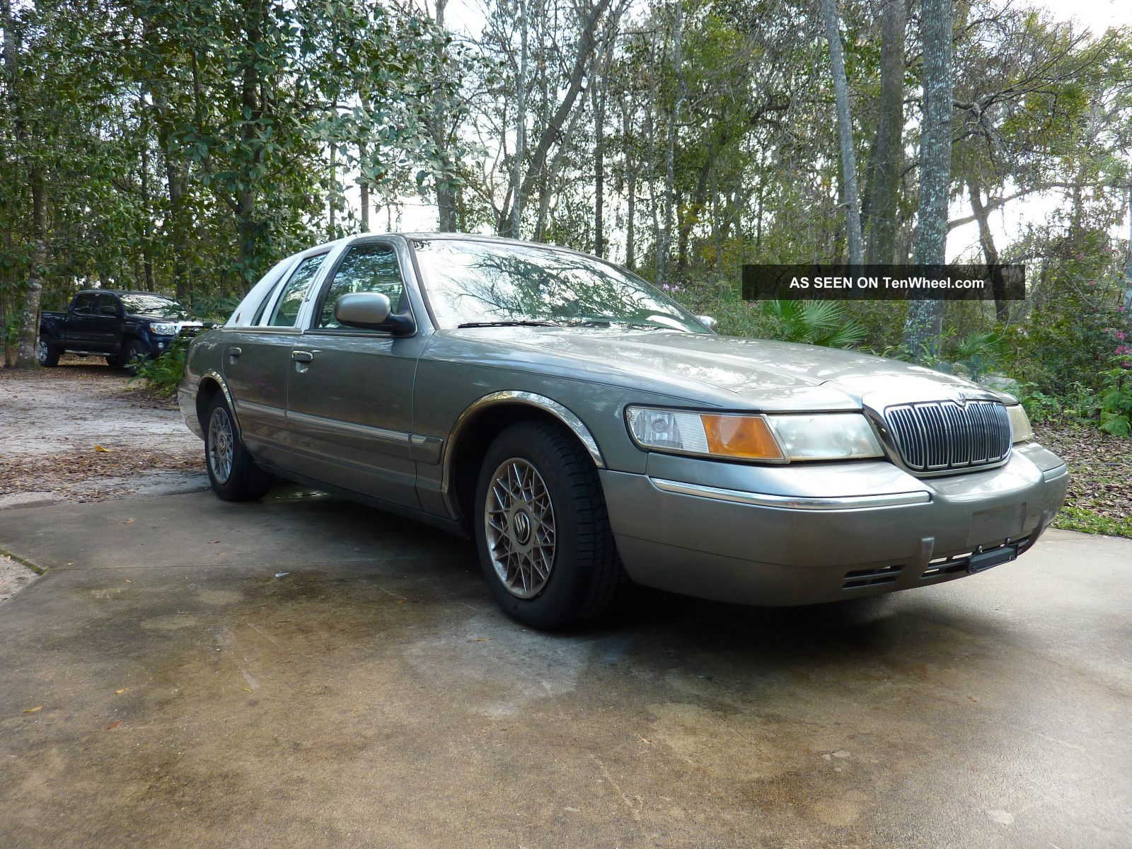 1999 Mercury Grand Marquis Gs Sedan 4 - Door 4.  6l Grand Marquis photo