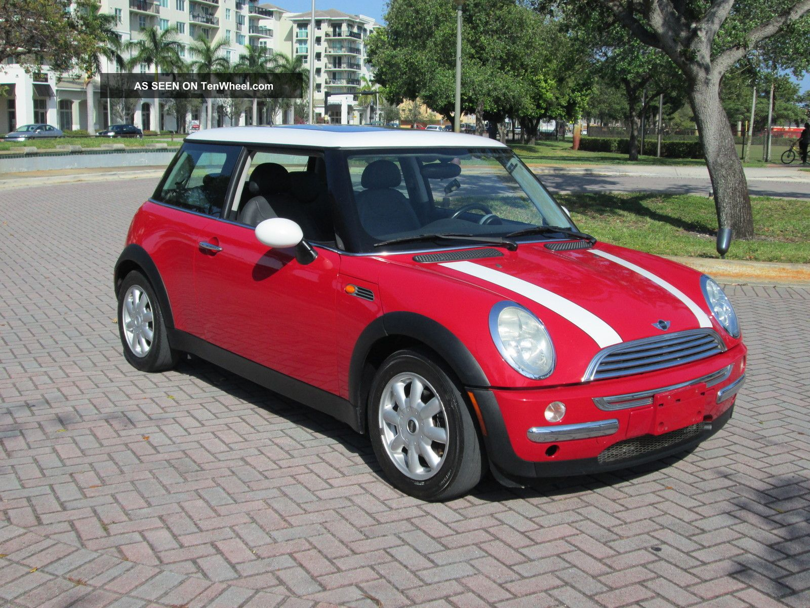 2003 mini cooper hatchback 5 speed 89k panoramic roof fla car. Black Bedroom Furniture Sets. Home Design Ideas