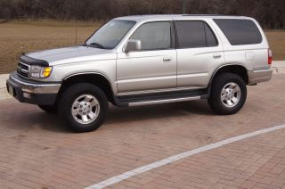 1999 Toyota 4runner Sr5 Sport Utility 4 - Door 3.  4l photo