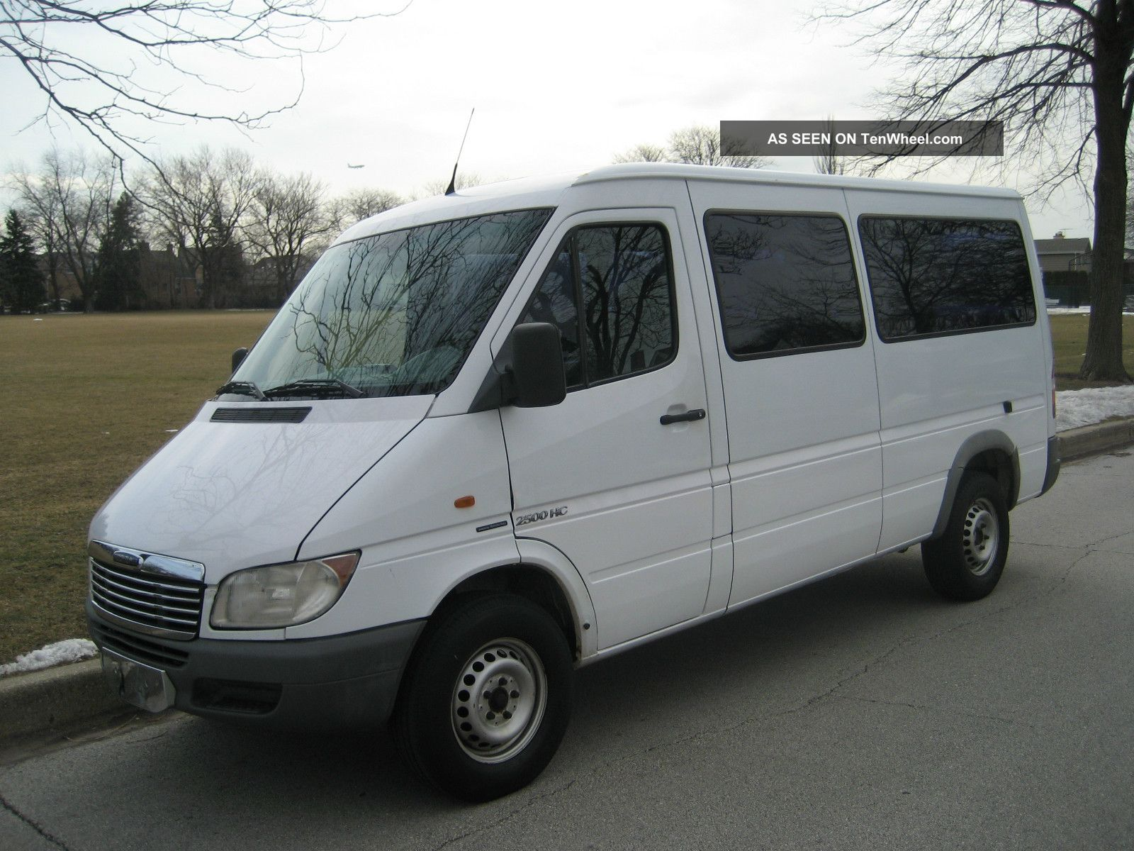2003 Dodge Sprinter Passenger Van Sprinter photo