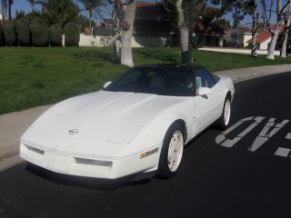 1988 Chevy Corvette 35th Anniversary Edition Triple White Production Number 0034 photo
