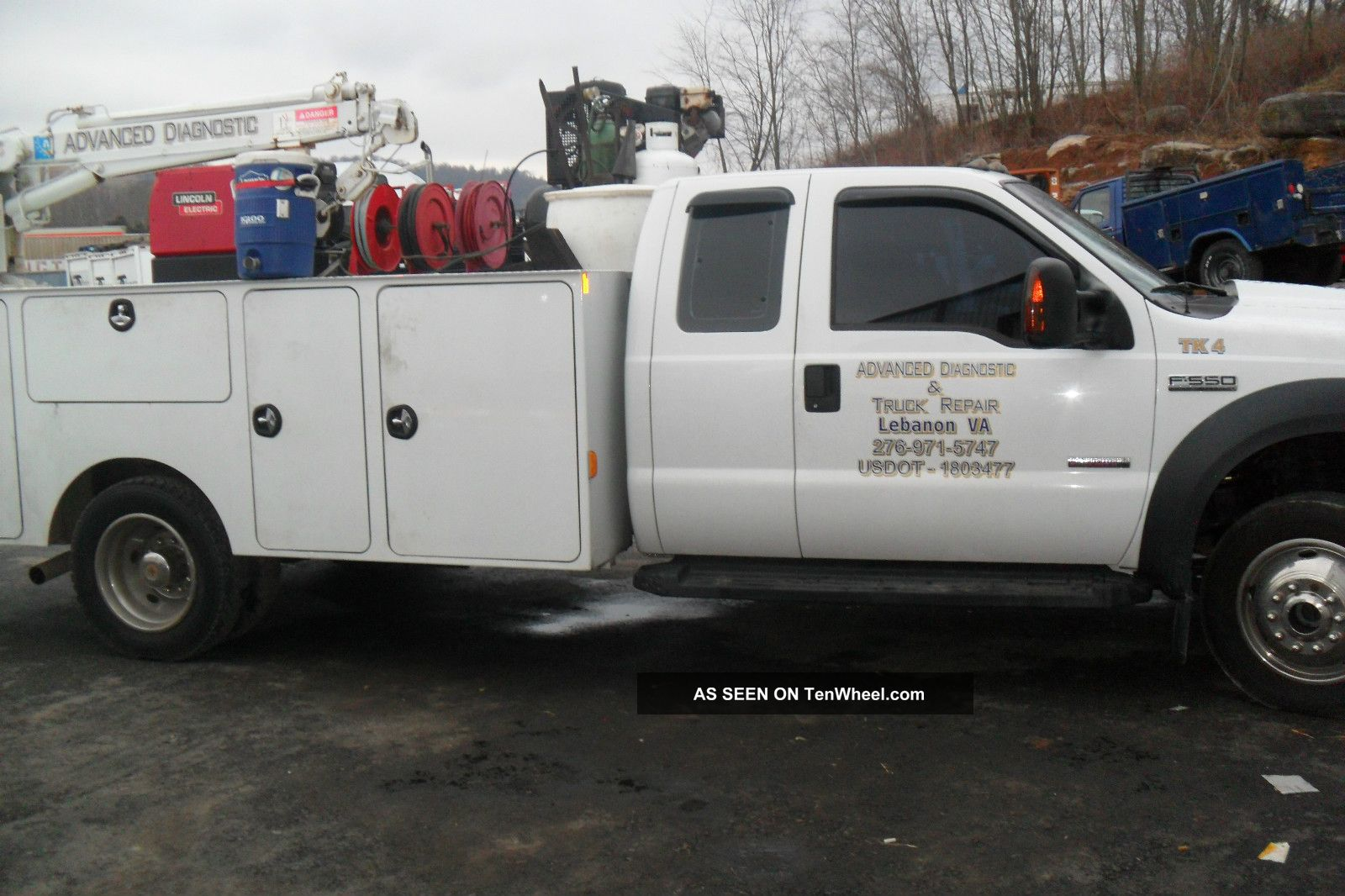 2006 White F550 Service Truck Other Pickups photo