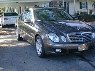 2008 Mercedes Benz E320 Bluetec Diesel Sedan. photo