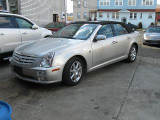 2006 Cadillac Sts Base Sedan 4 - Door 3.  6l photo