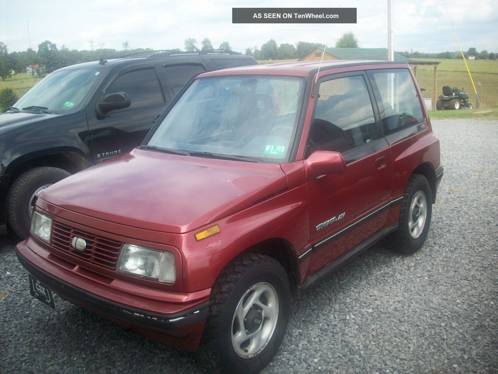 1995 geo tracker 4x4 2 dr good dependable vehicle. Black Bedroom Furniture Sets. Home Design Ideas