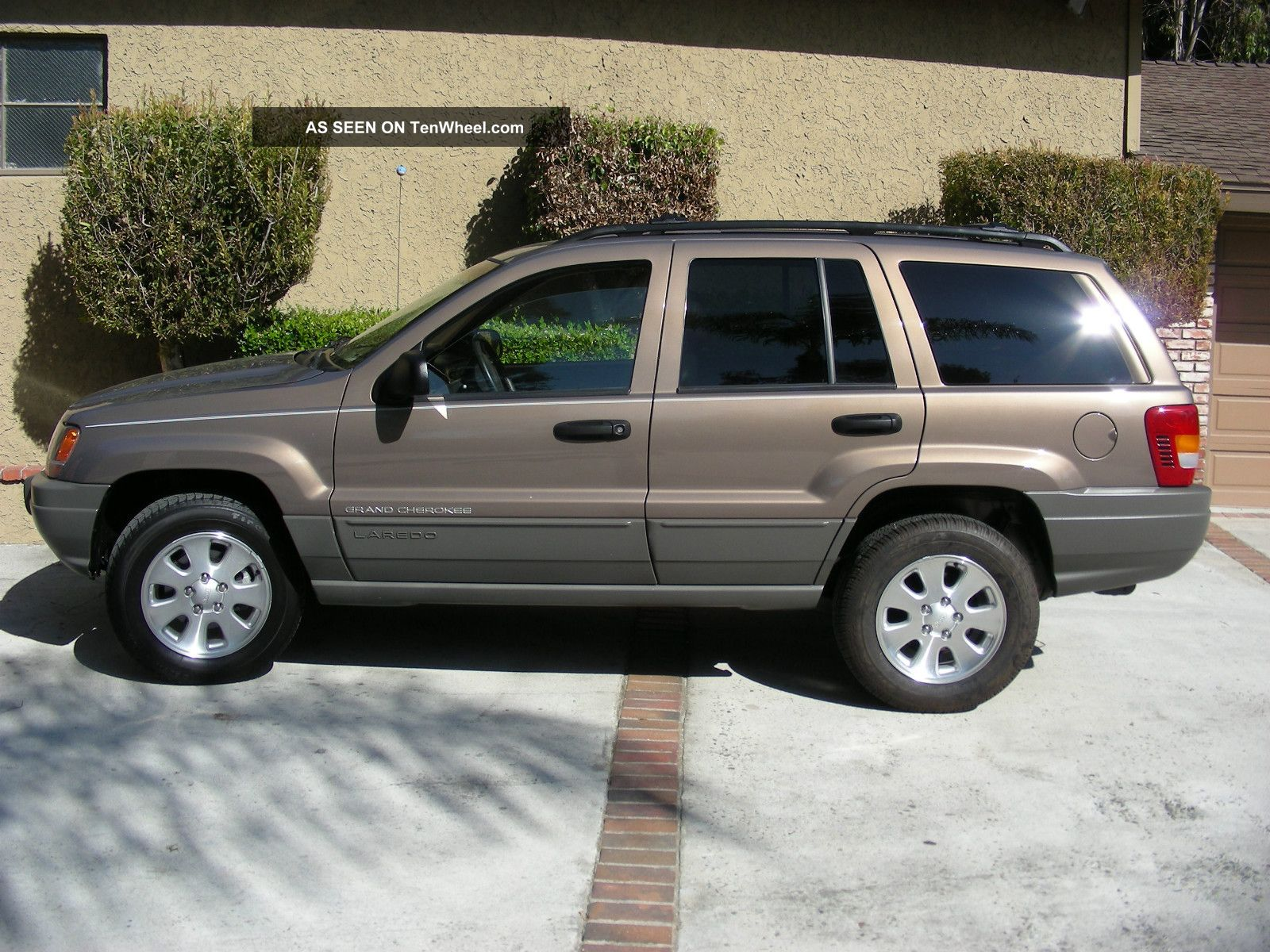jeep grand cherokee laredo 2001 1 car interior design. Black Bedroom Furniture Sets. Home Design Ideas