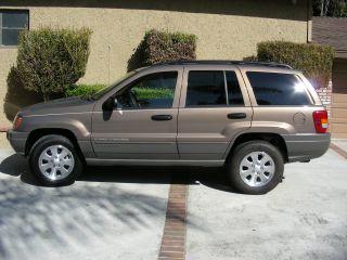 2001 Jeep Grand Cherokee Laredo Sport Utility 4 - Door 4.  0l photo