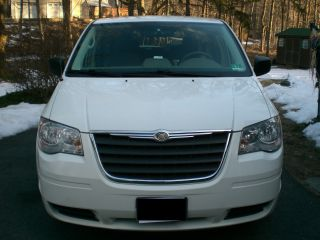 2008 Chrysler Town & Country Lx 60k 3.  3l 6cyl photo