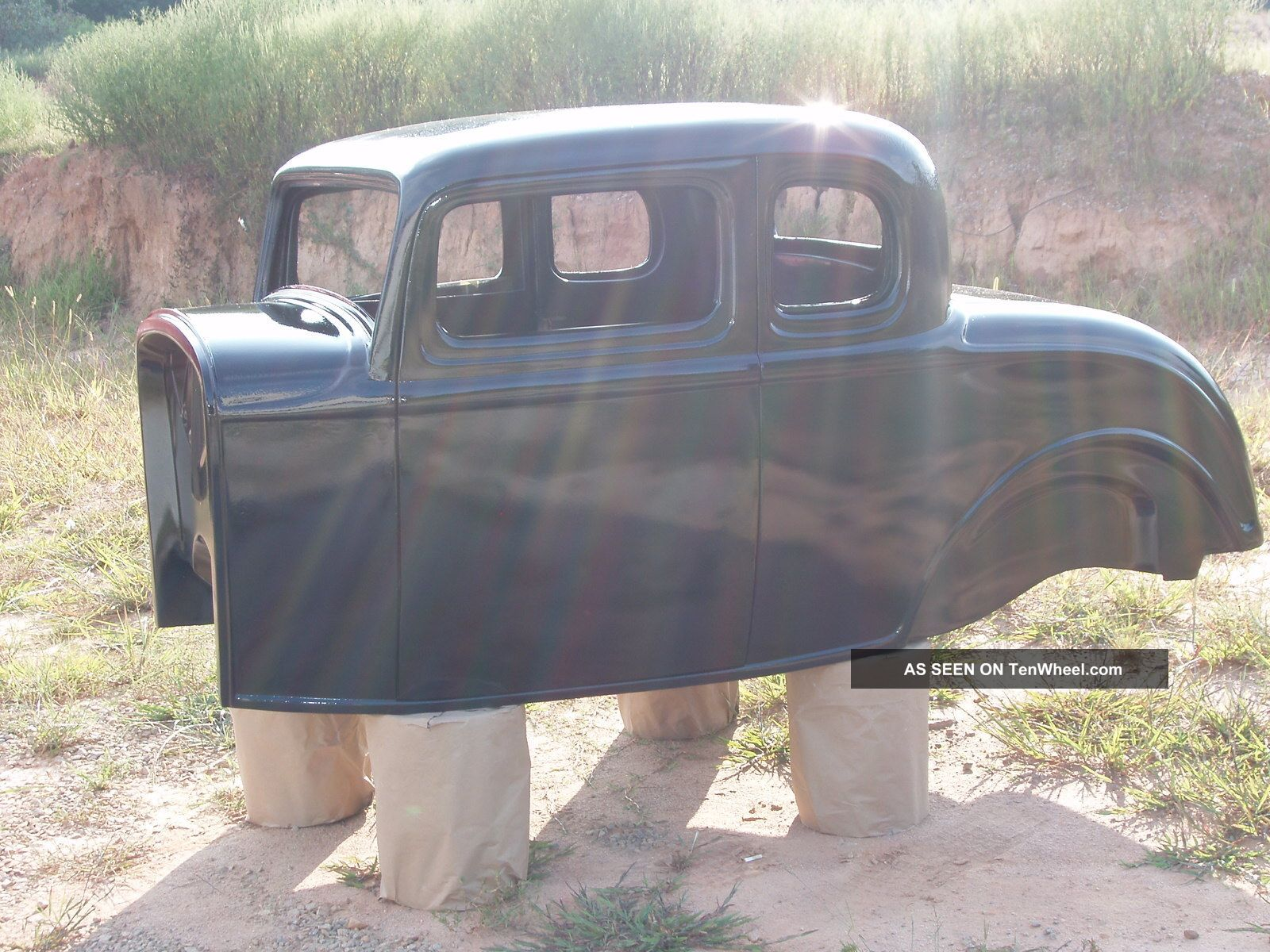 1932 ford five window fiberglass body project