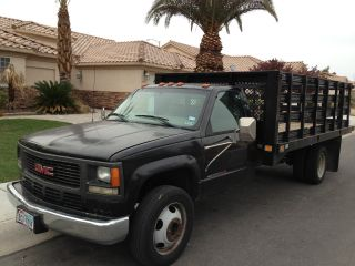 2001 Gmc Sierra 3500 Hd Dually W / 16 ' Flat / Stake Bed And 2500lb Lift photo