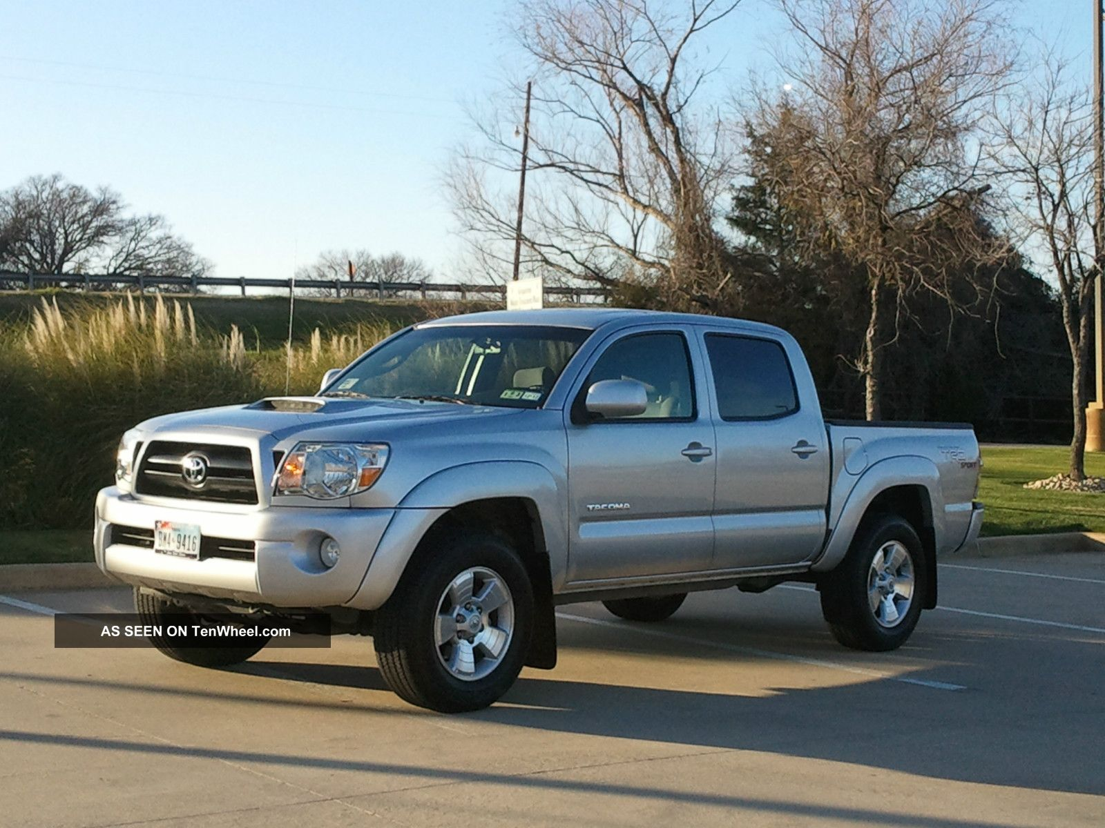 2010 toyota tacoma 4x4 review. Black Bedroom Furniture Sets. Home Design Ideas