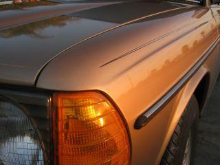 1985 300td Mercedes Turbo Diesel California Rust W123 photo