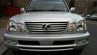2007 Lexus Lx470 Base Sport Utility 4 - Door 4.  7l photo