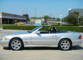 Vehicle Specifics For 2002 Mercedes - Benz Sl500 Sl500 Silver Arrow,  Limited Collec photo