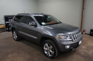 B6 Armored 2012 Jeepcherokee Overland Summit 4wd photo