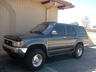 1994 Toyota 4runner Sr5 2wd Engine Paint. photo