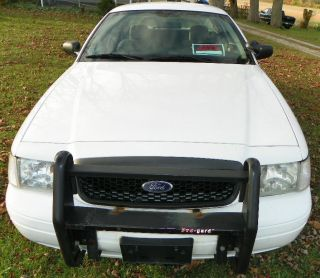2006 Ford Crown Victoria Police Interceptor - Solid Car photo