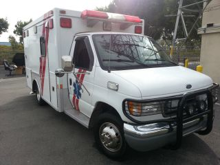 2000 Ford E - 350 Ambulance Rv Camping Mobile Office Costom photo