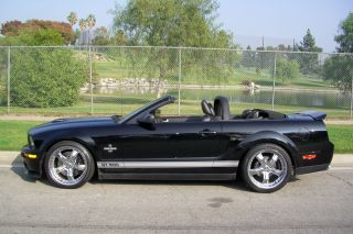 2007 Ford Mustang Shelby Gt500 Convertible 2 - Door 5.  4l photo