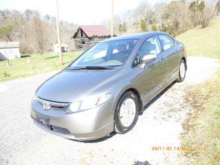 2007 Honda Civic Hybrid Sedan 4 - Door 1.  3l photo