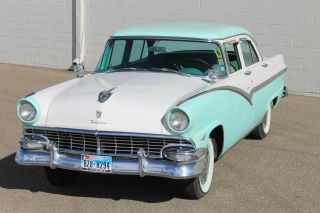 1956 Ford Fairlane photo