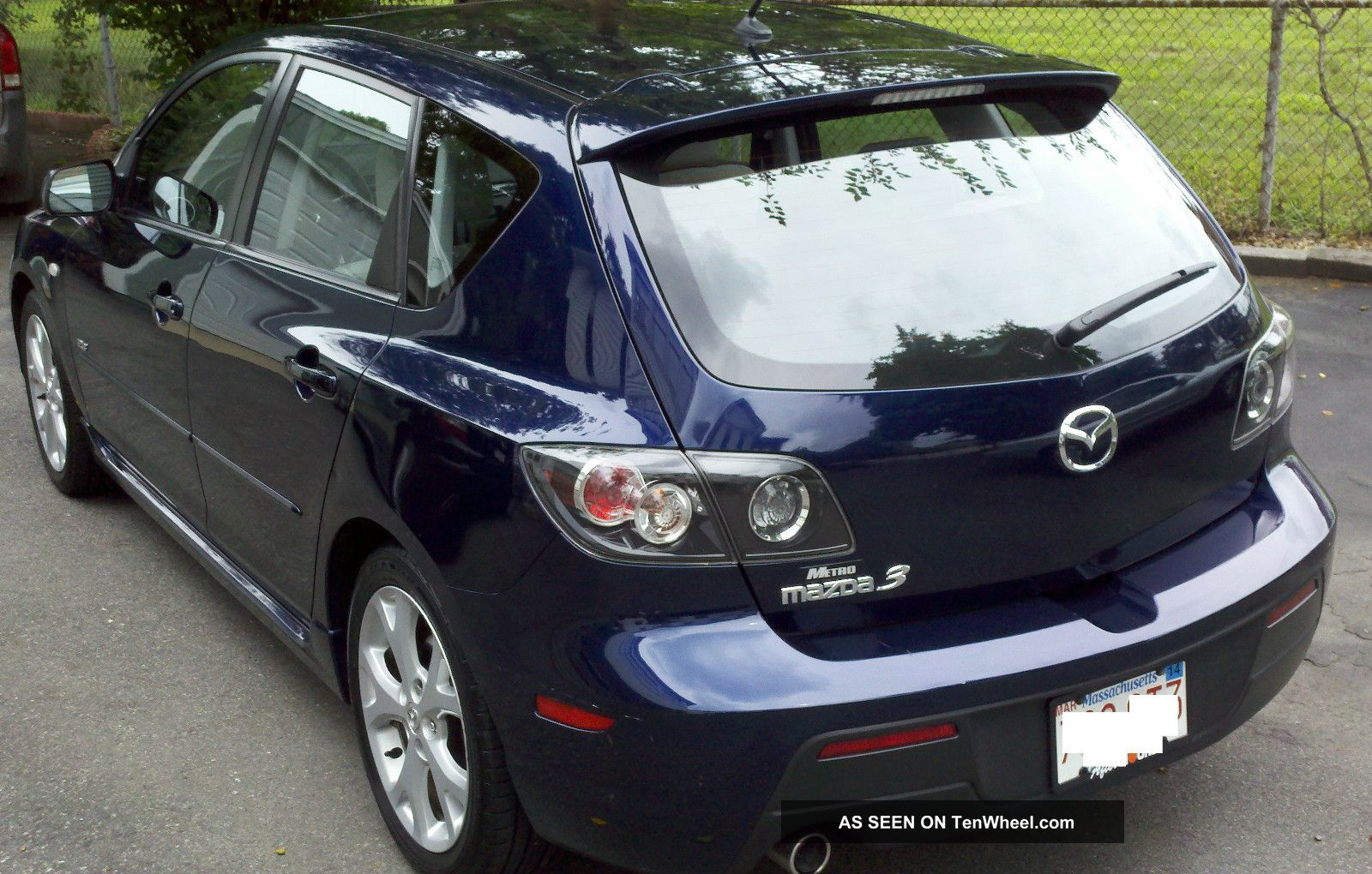 2008 mazda 3 s sport hatchback 4 door 2 3l 6 disc in dash cd. Black Bedroom Furniture Sets. Home Design Ideas