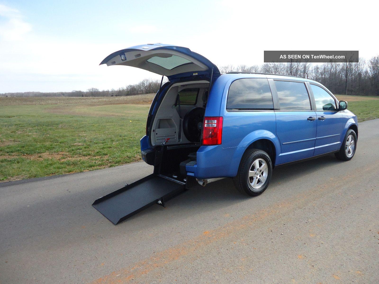 2008 Dodge Grand Caravan Wheelchair / Handicap Ramp Van Rear Entry Conversion Grand Caravan photo