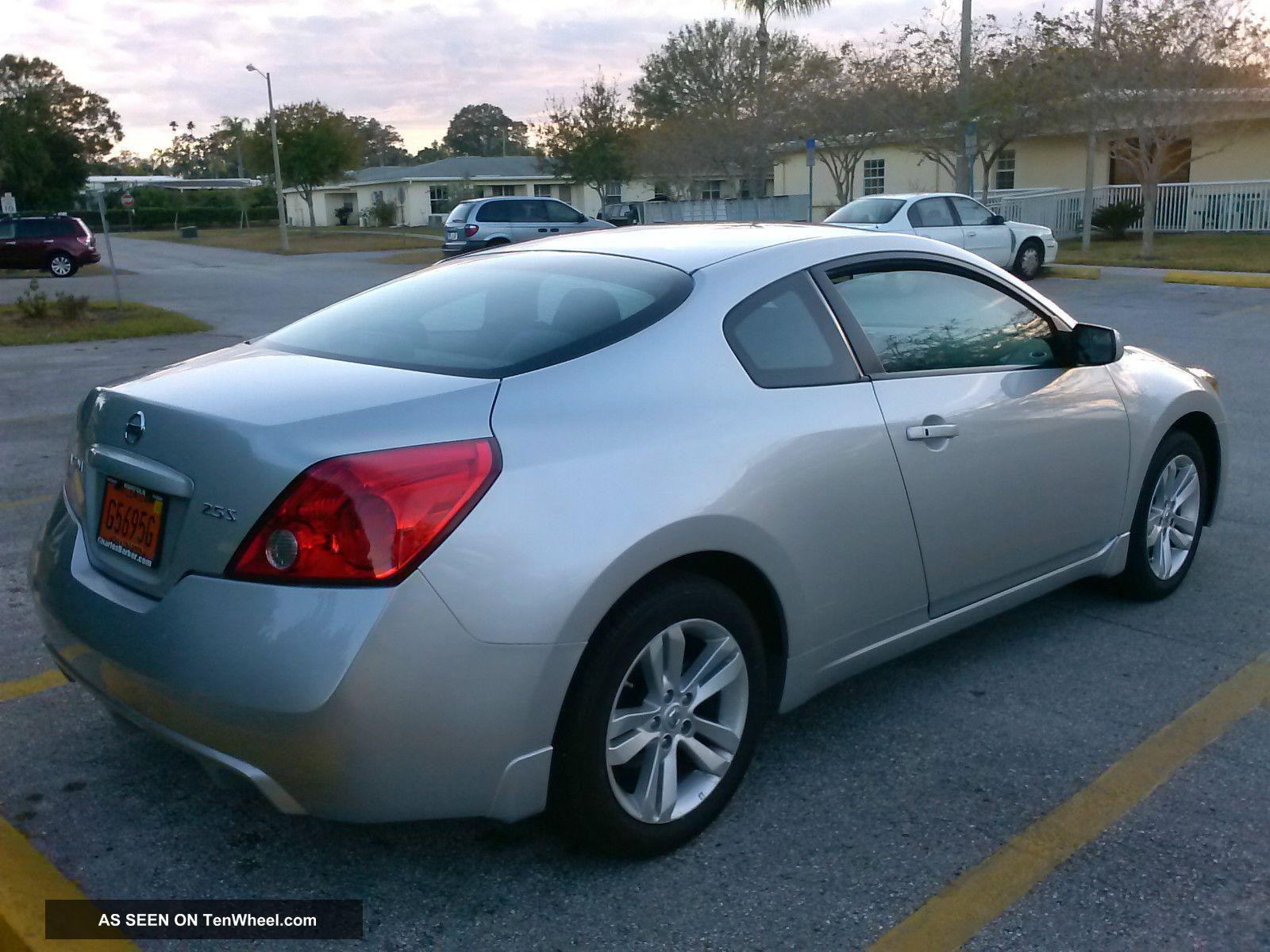 2011 Nissan Altima S Coupe 2 Door 2 5l