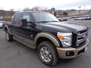 2013 F - 350 Crew Cab 6.  7l Powerstroke Diesel Roof Lariat 4x4 King Ranch photo
