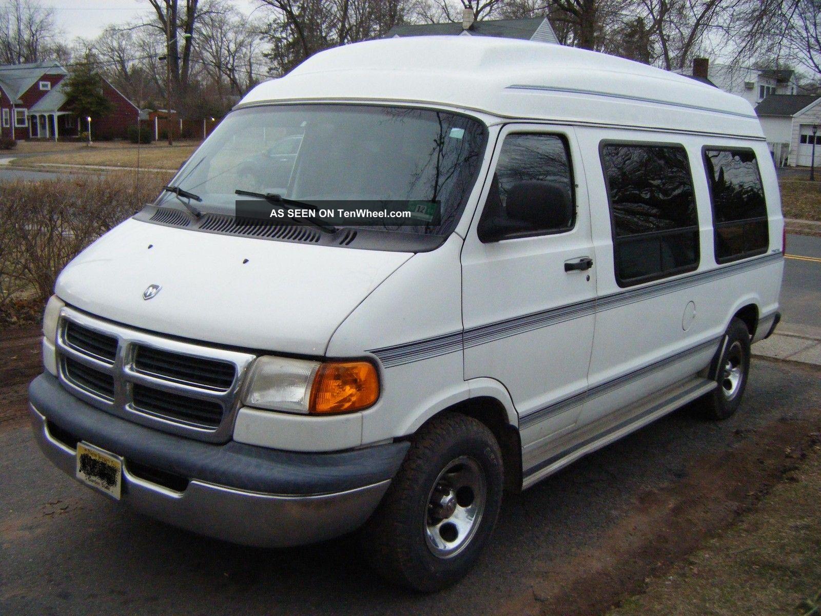 1998 Dodge Caravan owners manual