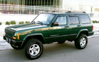 2001 Jeep Cherokee 4x4 Sport 4.  0  Lifted