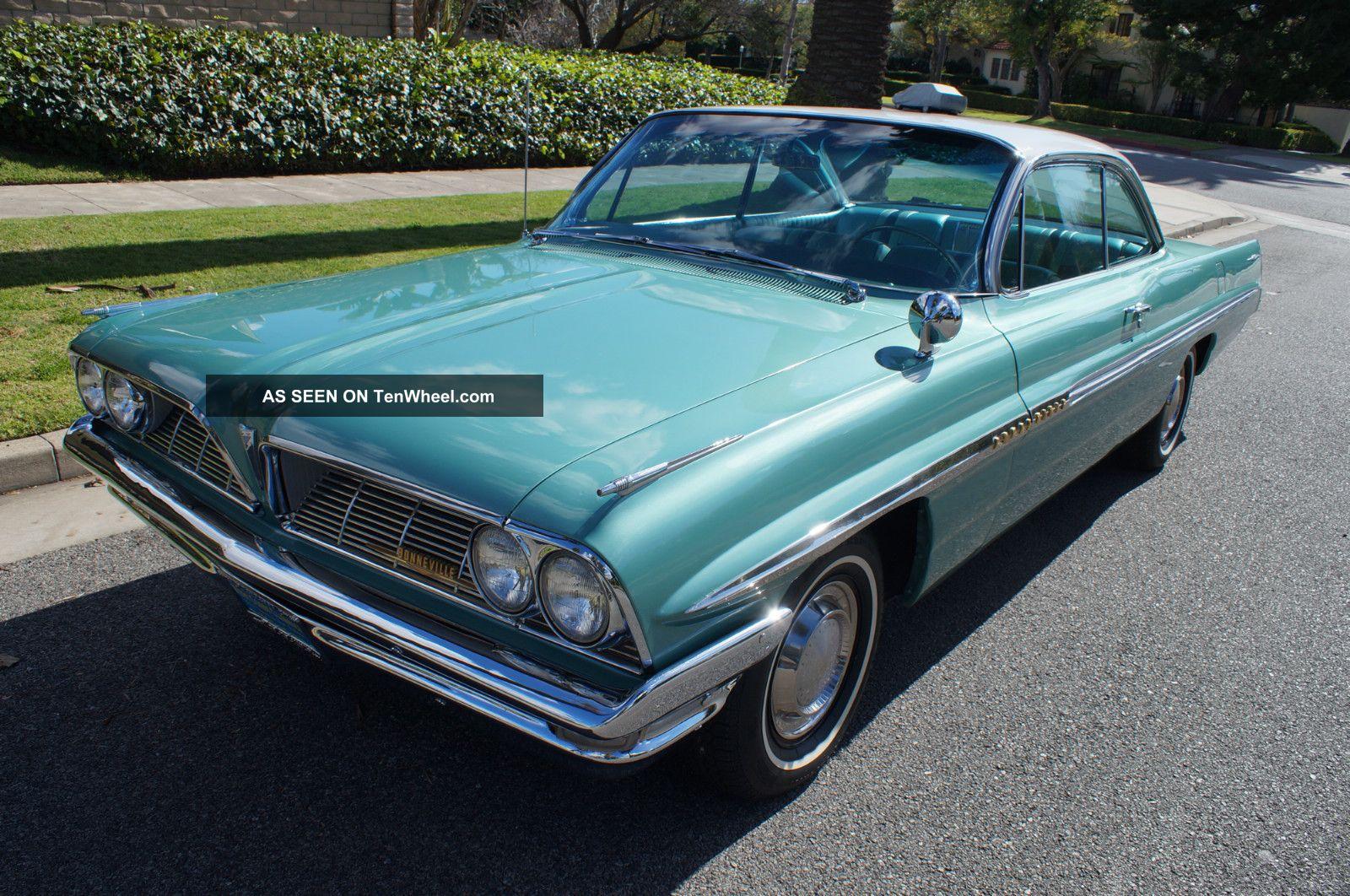1961 ' Jadestone Green Metallic ' With Matching Tri - Color Blue Interior Bonneville photo