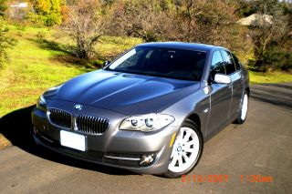 Bmw 528i - 2011 Sport Package photo
