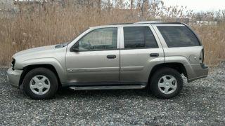 2002 Chevrolet Trailblazer Ls Sport Utility 4 - Door 4.  2l photo