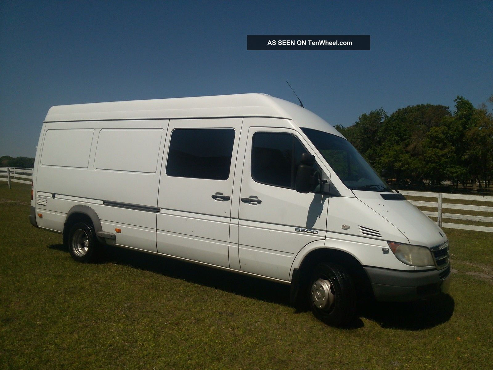 2006 dodge sprinter 3500 mercedes benz diesel high roof for Mercedes benz conversion van
