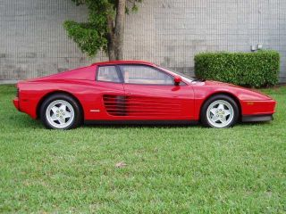 1991 Ferrari Testarossa Base photo