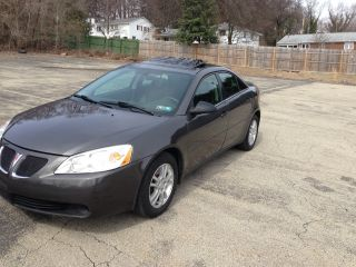 2005 Pontiac G6 Base Sedan 4 - Door 3.  5l photo