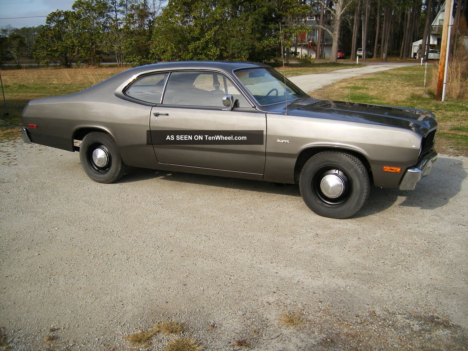 Plymouth Duster 1976 360 4 Speed 833 Duster photo