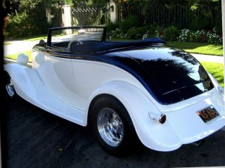 1933 Ford All Steel Roadster - - - Pictures Speak For Themselves photo