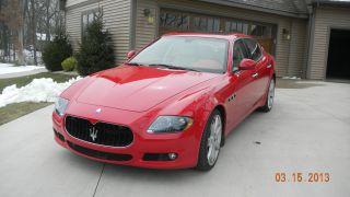 2011 Maserati Quattroporte S Sedan 4 - Door 4.  7l photo