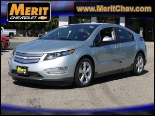 2012 Chevrolet Volt Base Hatchback 4 - Door 1.  4l photo
