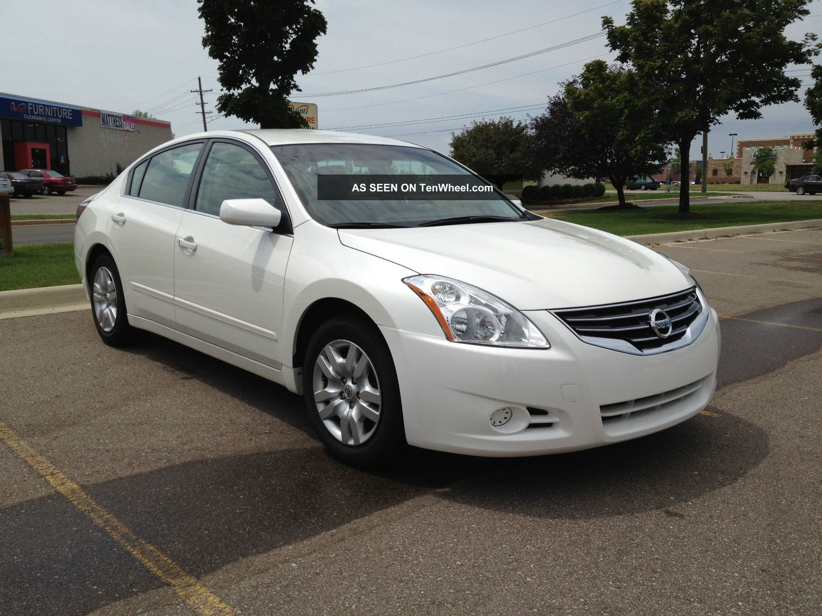 2013 nissan altima 25 s price specs features autos post. Black Bedroom Furniture Sets. Home Design Ideas